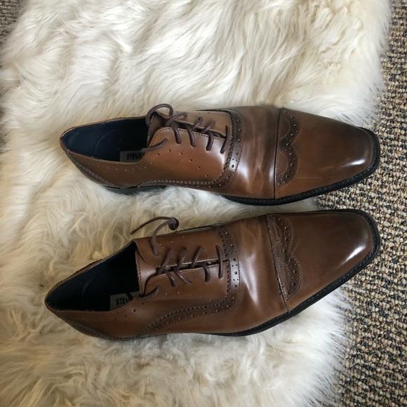 dcbdd097196 Men s wing tipped Oxford Shoes. M 5c061b9baa8770d263a41e75